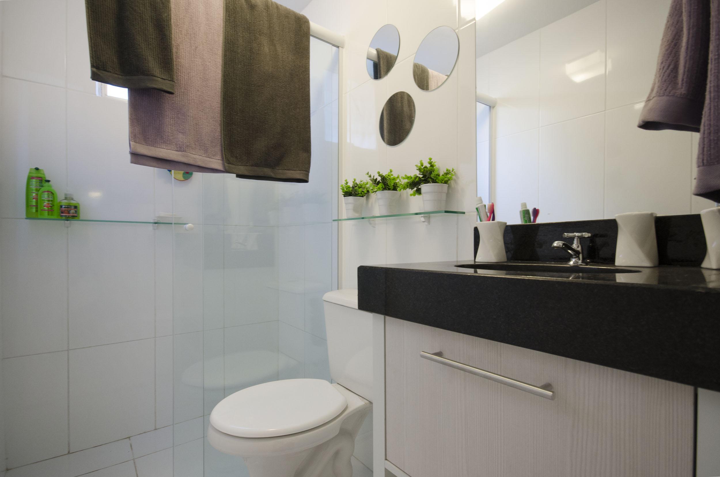 Segredos na decoração de banheiros pequenos  Blog Corporativo MRV Engenharia -> Banheiro Apartamento Decorado Adesivo