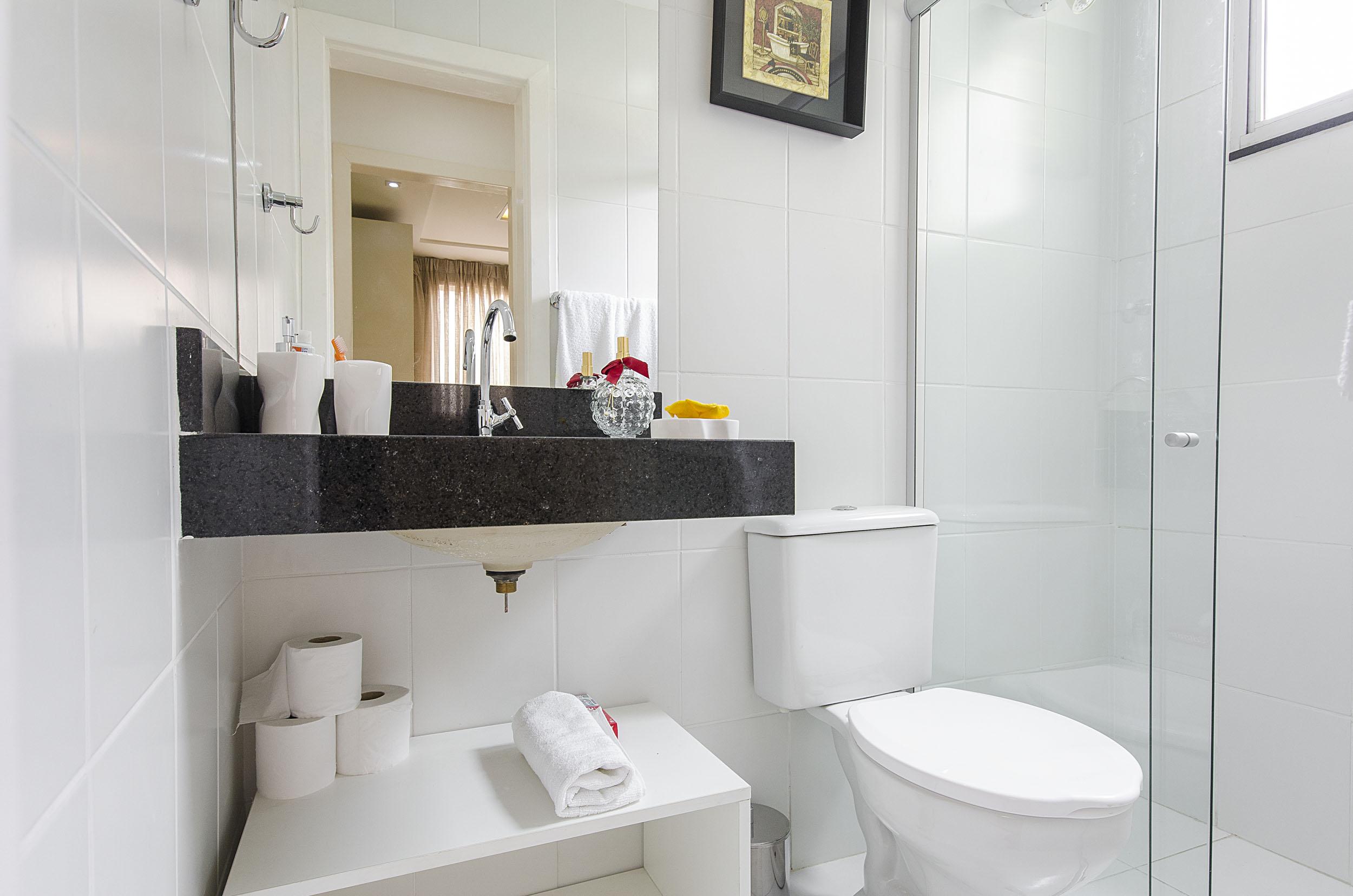5 dicas para quem tem banheiro pequeno  Blog Corporativo MRV Engenharia  Me -> Banheiro Pequeno Mrv