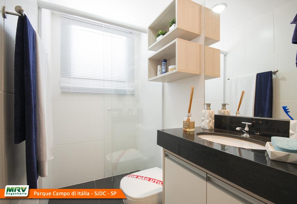 Dica de limpeza saiba como eliminar o acúmulo de gordura do boxe do banheiro -> Banheiro Planejado Mrv
