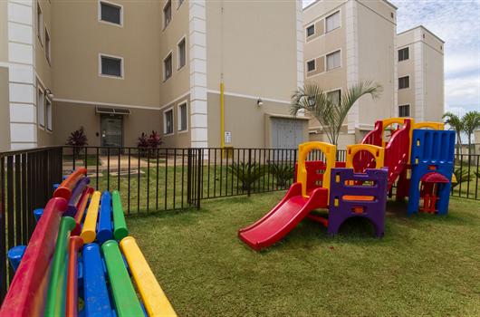 Playground infantil do Bosque dos Girassois em Birigui