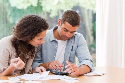 Quer organizar as finanças do casal? Veja essas 4 dicas