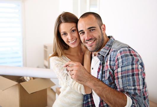 Casal que conquistou a casa própria pelo programa Minha Casa Minha Vida