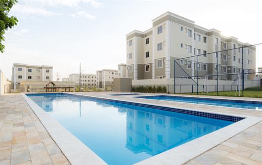 Área da piscina do condomínio fechado Parque Chapada Diamantina em Cuiabá